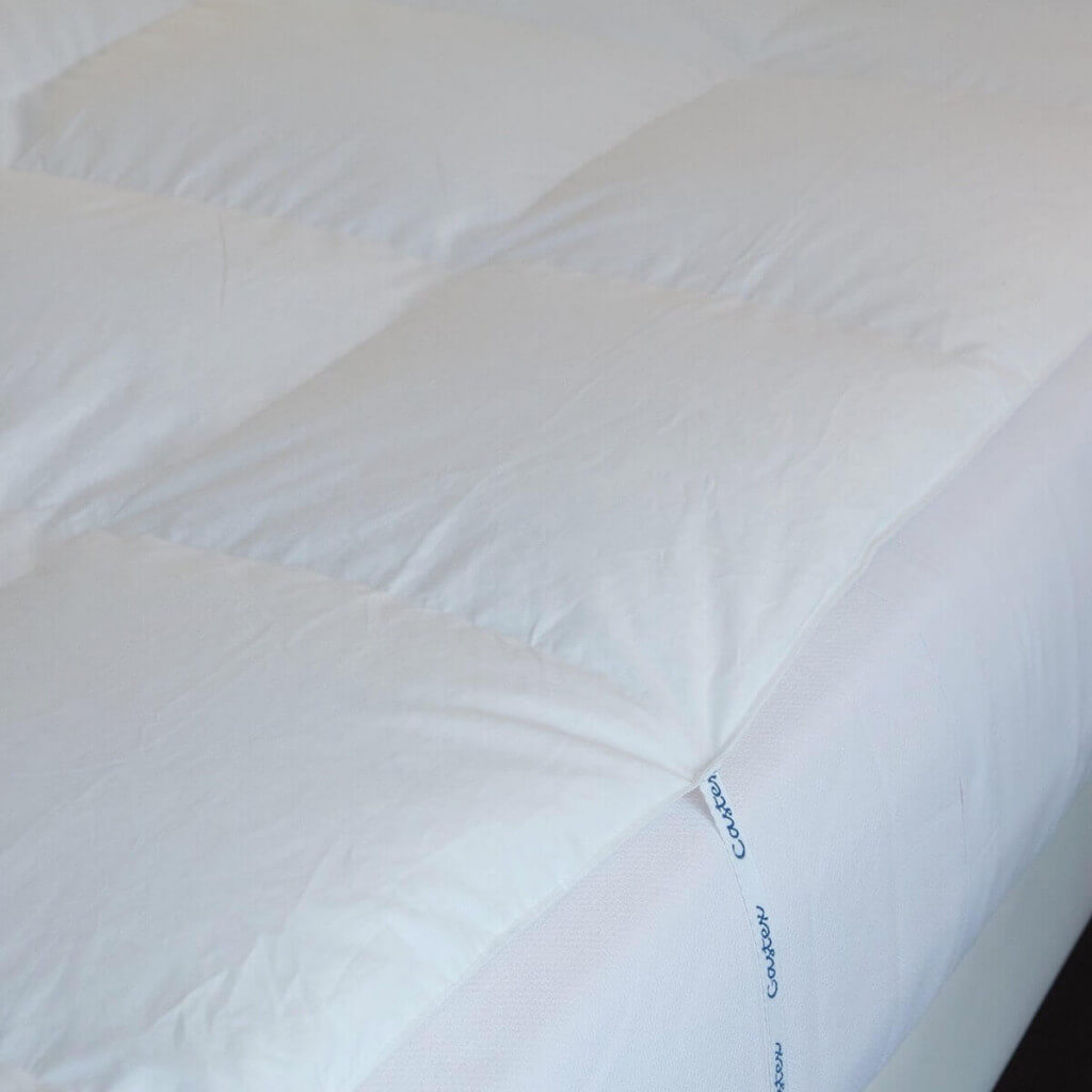 Attaches Surmatelas king size canard duvet